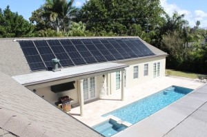 Fort Myers McGregor Blvd Home with Solar Pool Heater